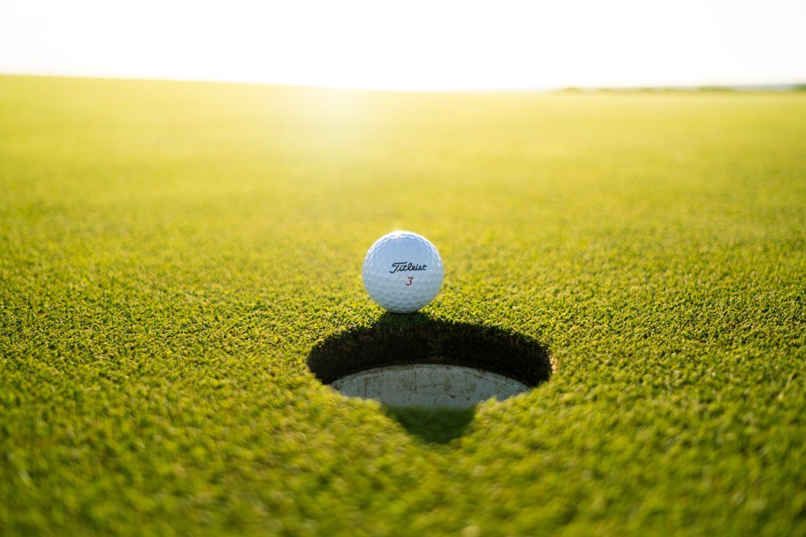 golfur gave